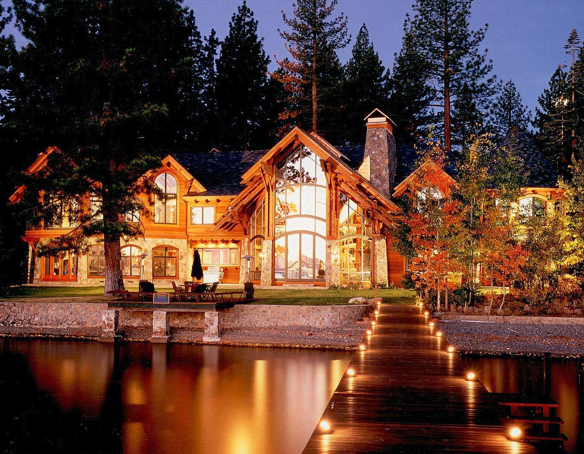 Exterior: 2009 February : Mountain Architects: Hendricks