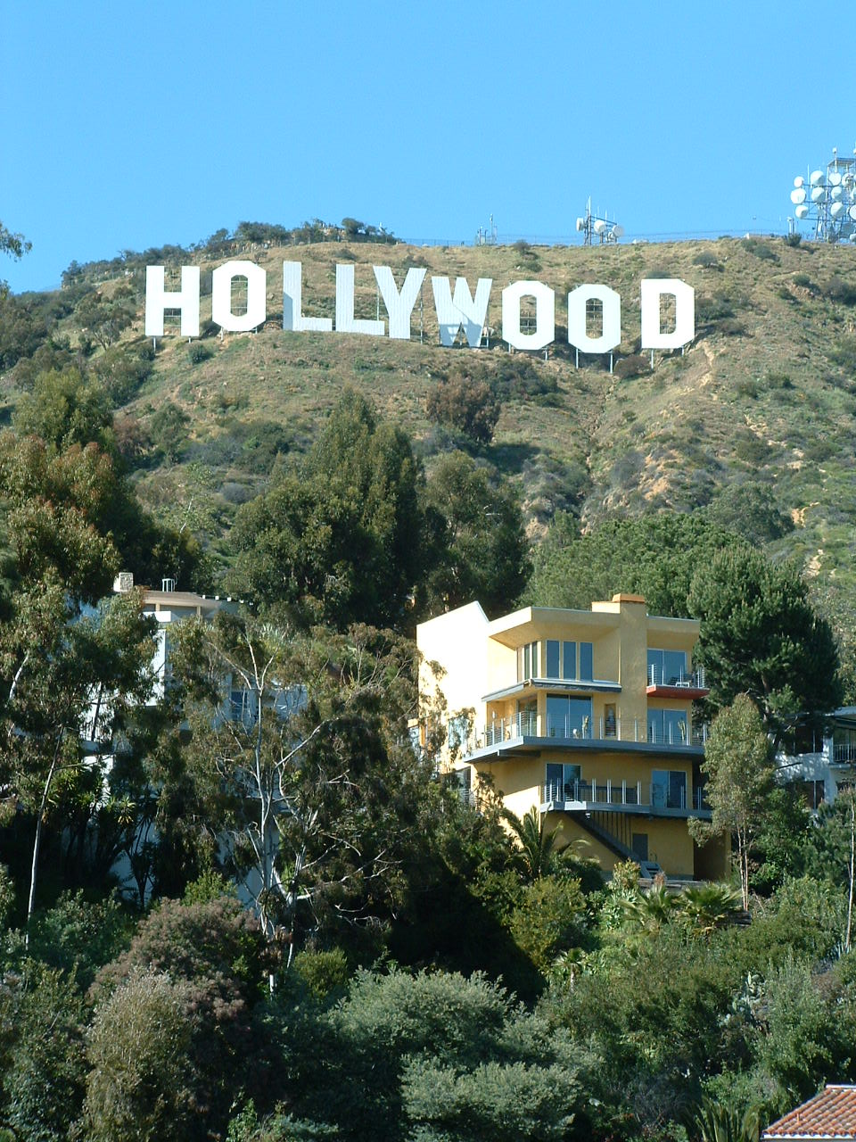 Exterior: Hollywoodland : Mountain Architects: Hendricks